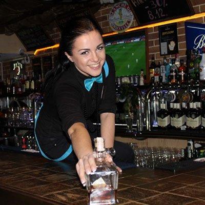staff barmen polina